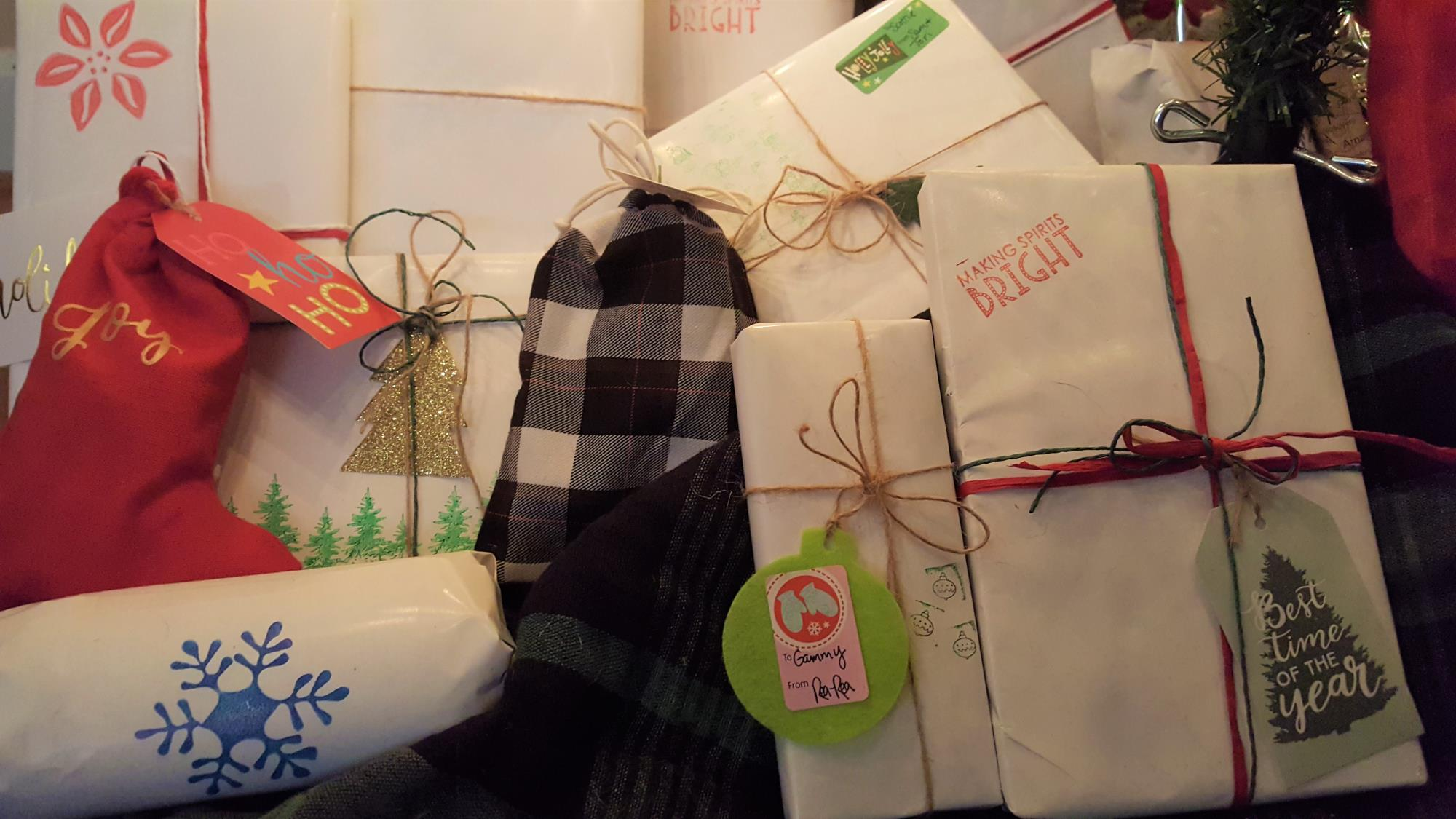 Gift--maps and bags